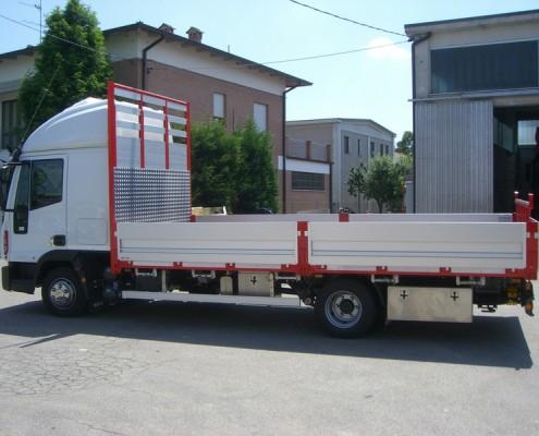 Eurocargo - cassone fisso, trasporto ferroEurocargo - cassone fisso, trasporto ferro