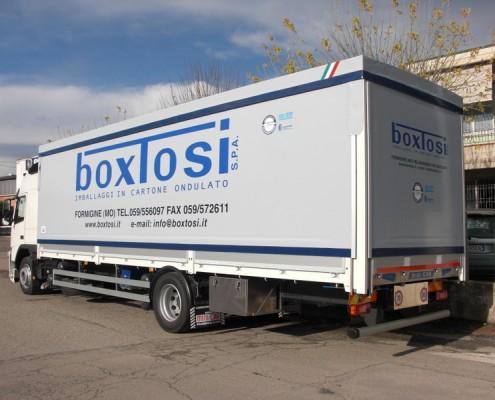 Volvo - cassone centinato trasporto cartoni