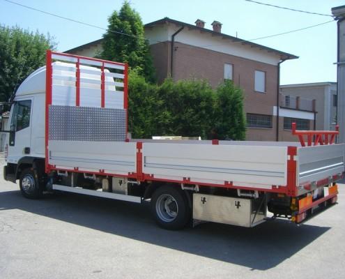 Eurocargo - cassone fisso, trasporto ferro